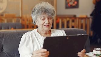 קשישים, צילום: freepik