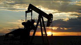 מתקן שאיבת נפט, צילום: Paul Lowry / flickr